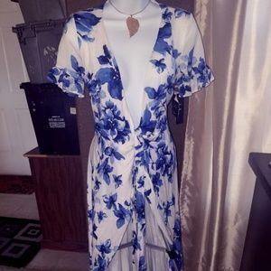 NWT LuLus Dbl Layer Wrap Dress w/Dolman Sleeve